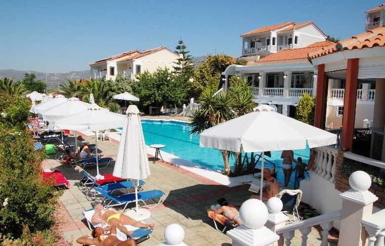 Samos Sun - Pool - 13