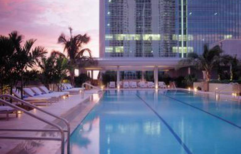 Conrad Miami - Pool - 3