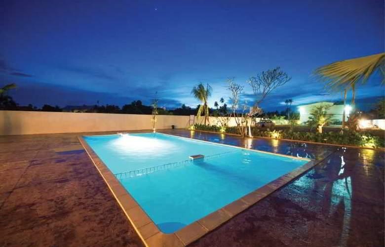 Riverra Inn Langkawi - Pool - 2