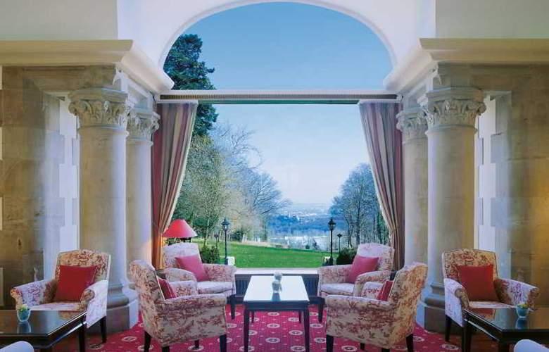 Villa Rothschild Kempinski - Terrace - 6