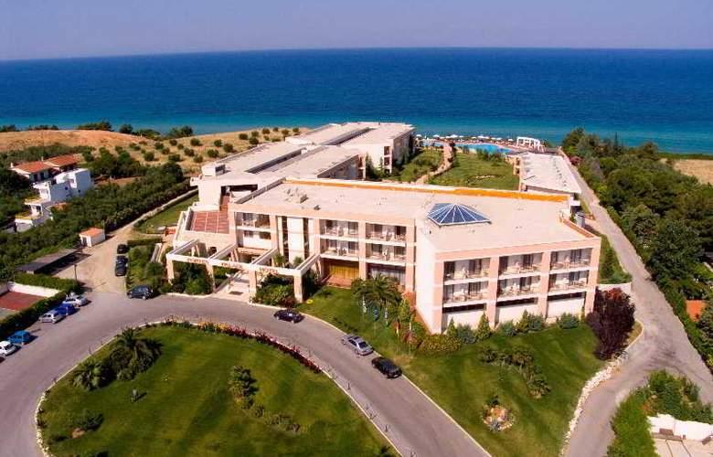 Pomegranate Wellness  Spa Hotel - Hotel - 0