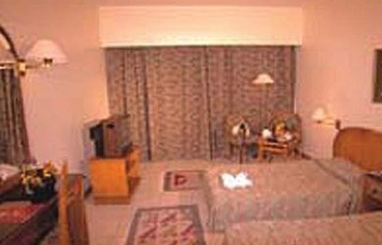 Basma Aswan - Room - 1