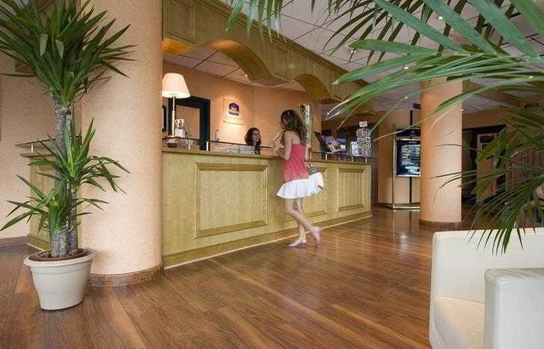 Best Western International - Hotel - 6