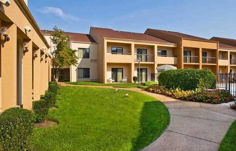 Courtyard Richmond West - Hotel - 15