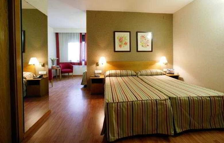 Catalonia Albeniz - Room - 8