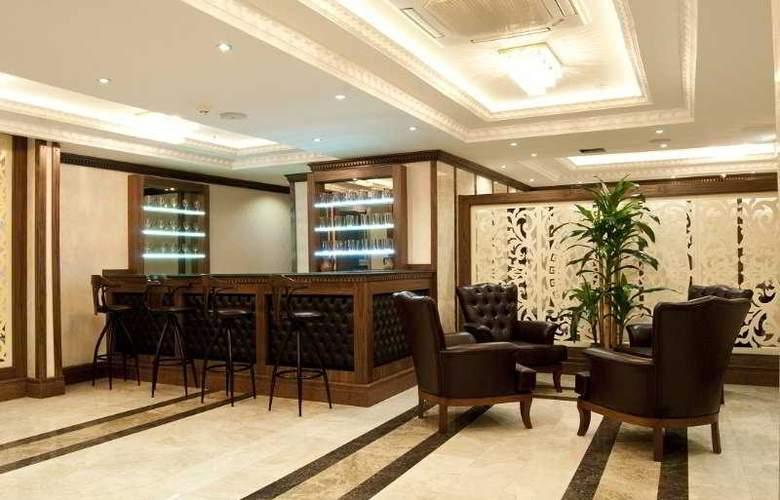 Tourist Hotel - Bar - 9