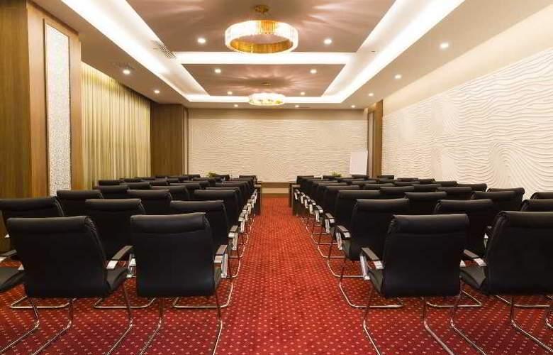 Muong Thanh Nha Trang Centre Hotel - Conference - 68