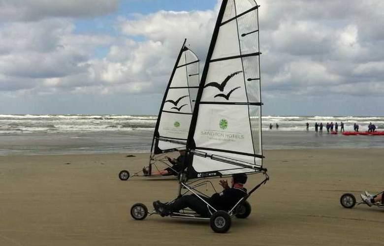 Sandton Paal 8 Hotel Aan Zee - Sport - 20