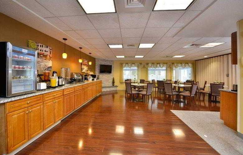 Best Western Plus New England Inn & Suites - Hotel - 21