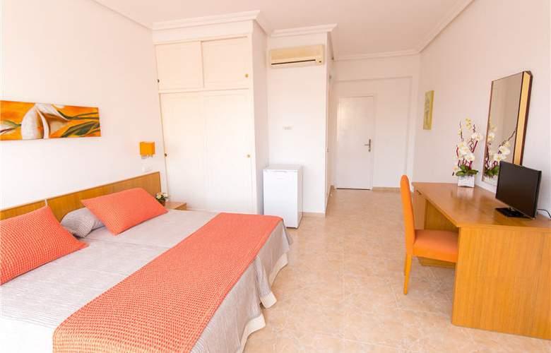 Hostal Los Pinos - Room - 1