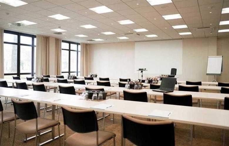Novotel Nuernberg Messezentrum - Hotel - 13