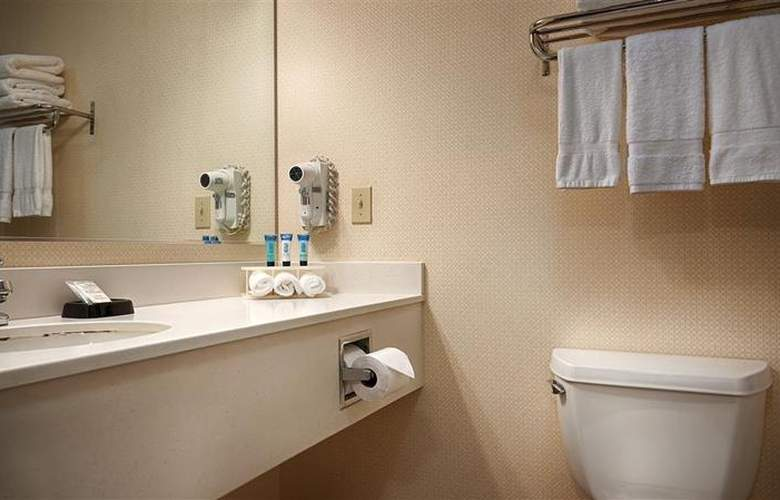 Best Western Plus Twin View Inn & Suites - Room - 28