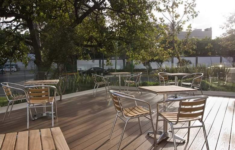 Hampton Inn By Hilton Guadalajara - Expo - Terrace - 30