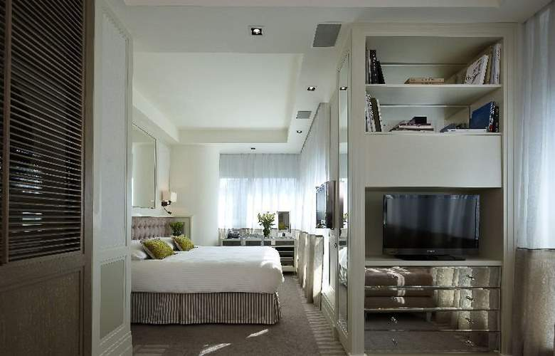 Lanson Place - Room - 4