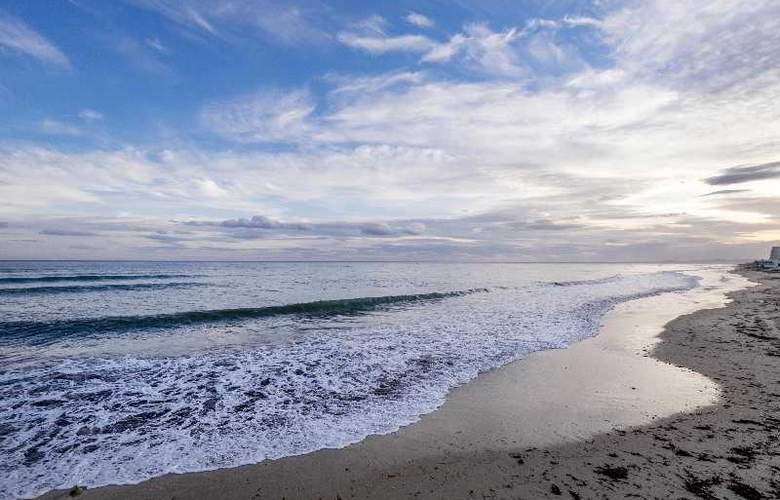 Bel Azur - Beach - 21