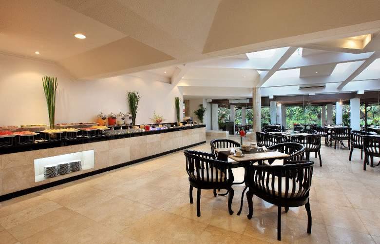Sol Beach House Bali Benoa - Restaurant - 25