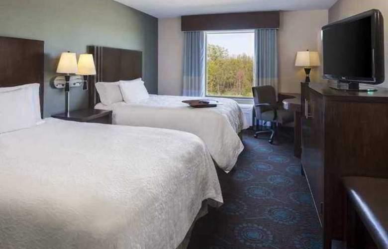 Hampton Inn & Suites Grafton - Hotel - 1