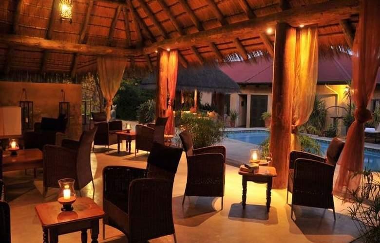 Villa Verdi Guesthouse - Bar - 7