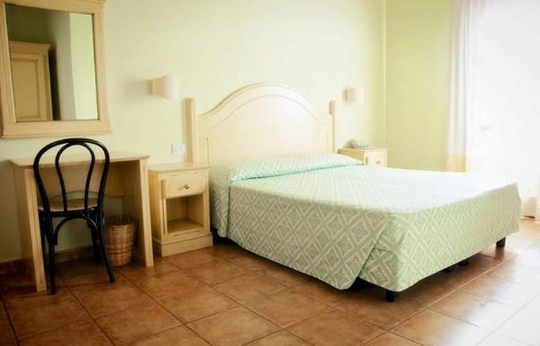 Cala Gonone Beach Village - Hotel - 3