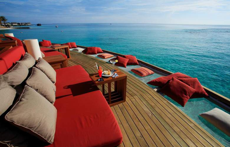 Centara Ras Fushi Resort & Spa Maldives - Bar - 19