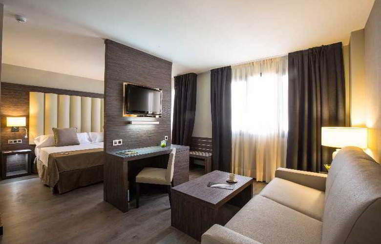 Sercotel Gran Luna de Granada - Room - 37