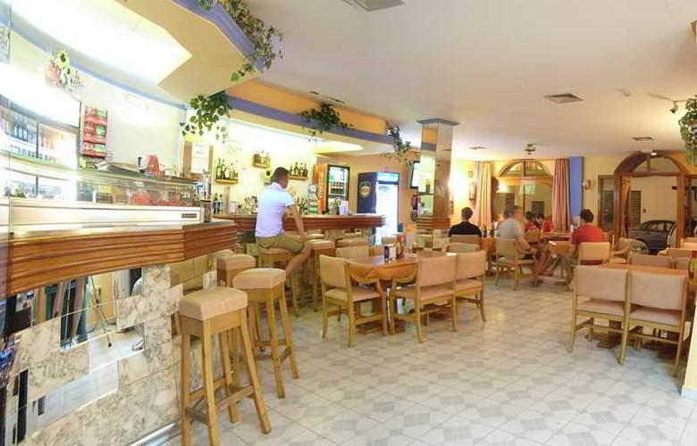 Marian - Bar - 9