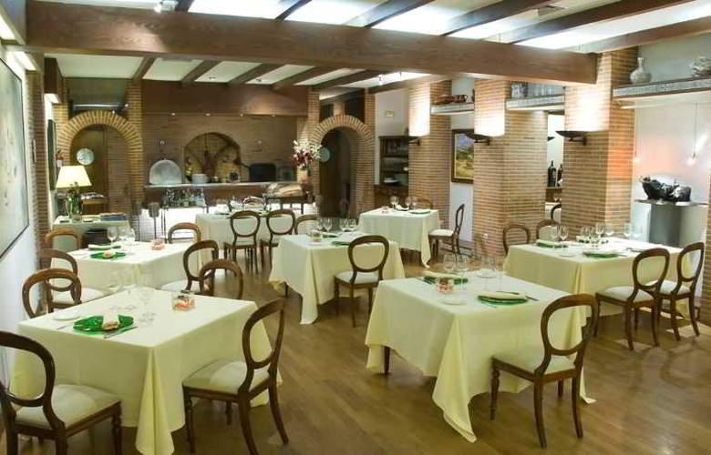 Los Arcos - Restaurant - 20