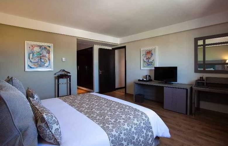 Atlas Sky Airport Hotel - Room - 13