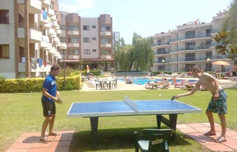 Apartamentos Las Mariposas - Sport - 6