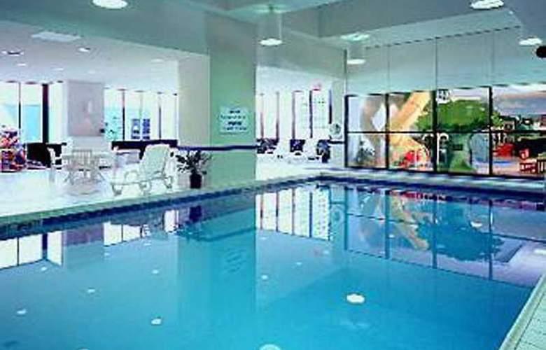 Ottawa Marriott Hotel - Pool - 6