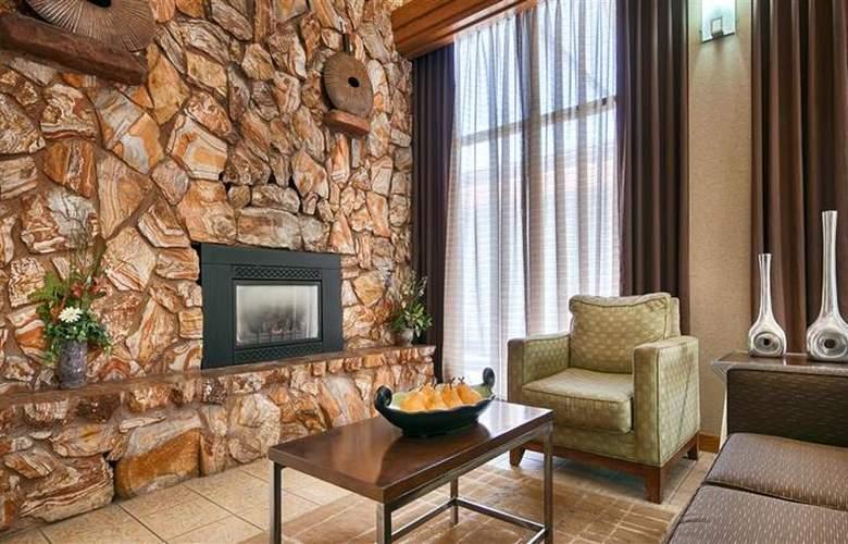 Best Western Town & Country Inn - General - 84