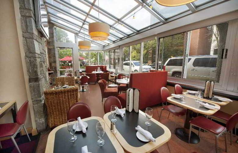 The Beacon - Restaurant - 4