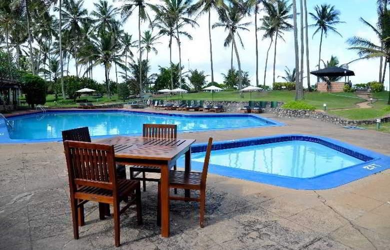 Palm Village - Pool - 12