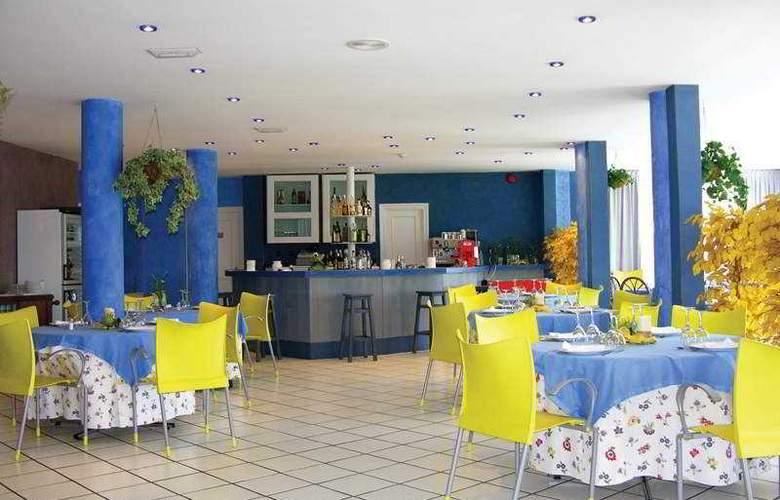 Arha Villa de Suances (antes Arha Albatros) - Restaurant - 4
