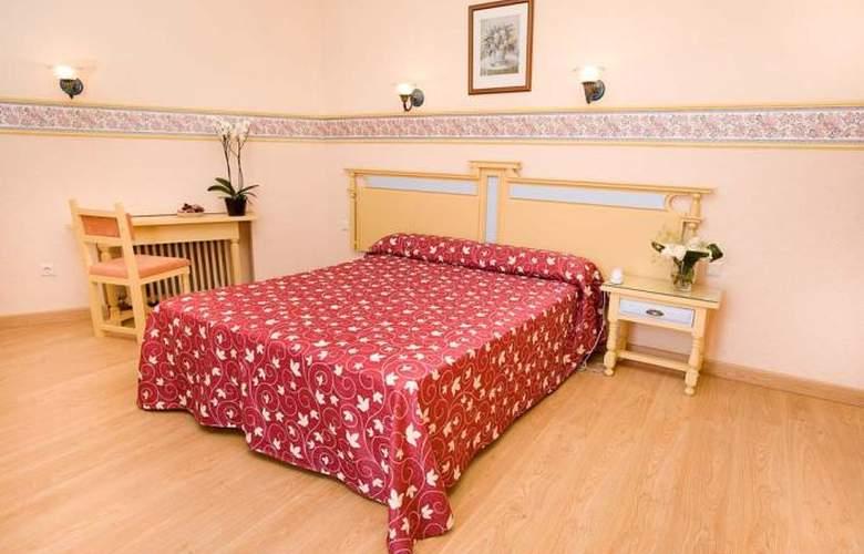 Monarque Torreblanca - Room - 8