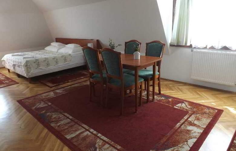 Helios Panzio - Room - 6