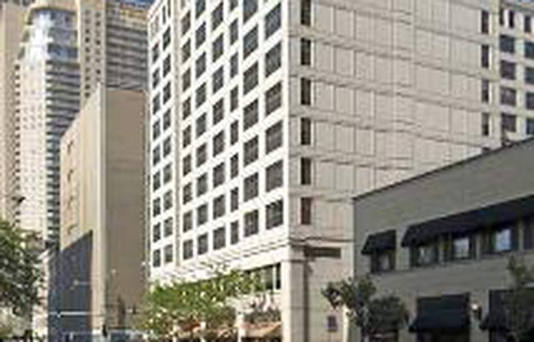 Hampton Inn & Suites Chicago-Downtown - General - 1