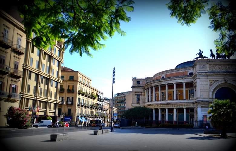 Politeama Palace - Hotel - 0