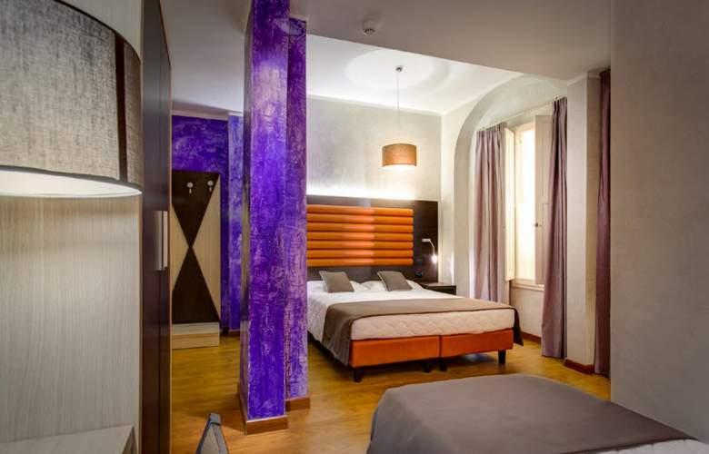 Curtatone - Room - 10