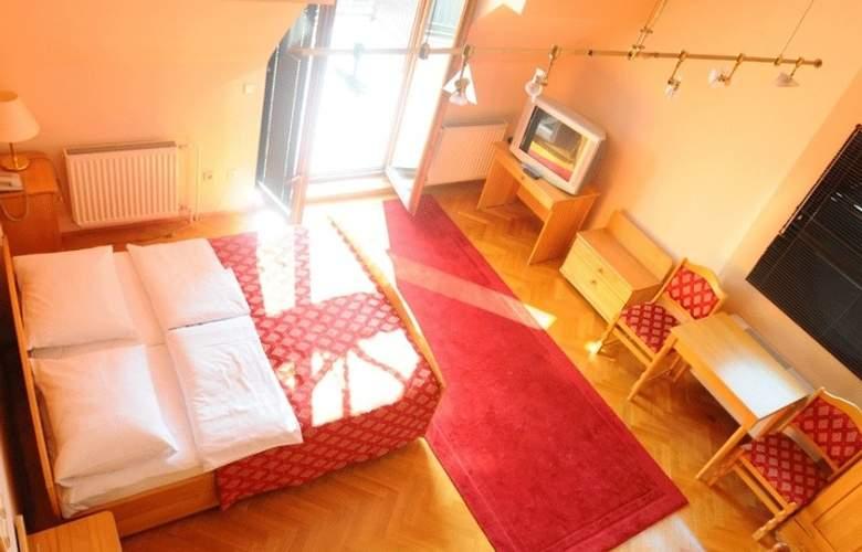 Vienna - Room - 5