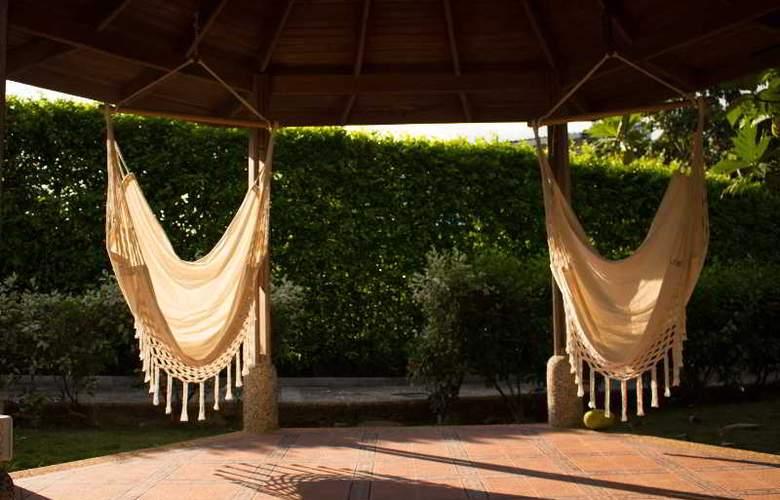 Summer Dream Hotel Boutique - Terrace - 17