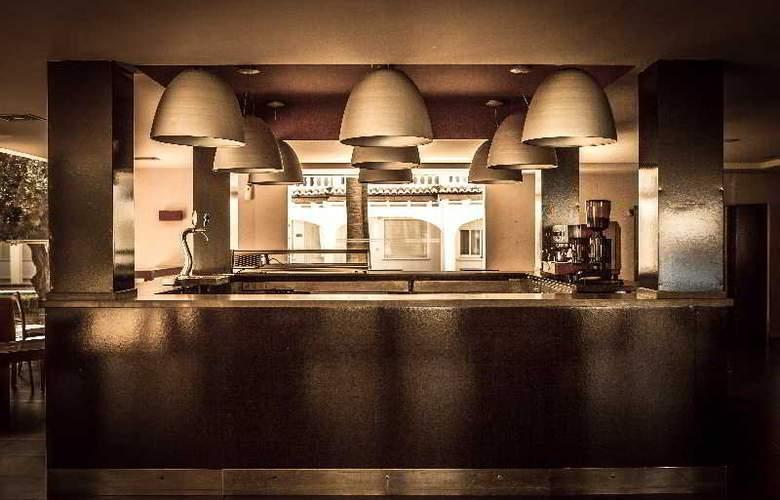 Tu&Me Resort - Bar - 12