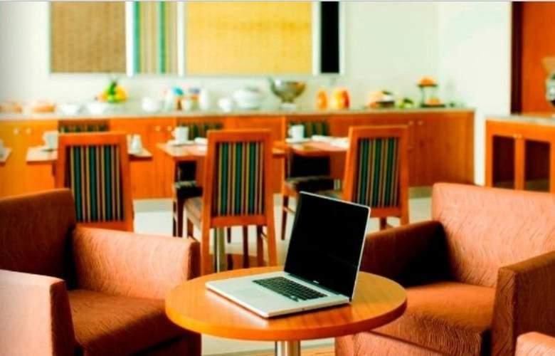 Radisson Blu - Restaurant - 8