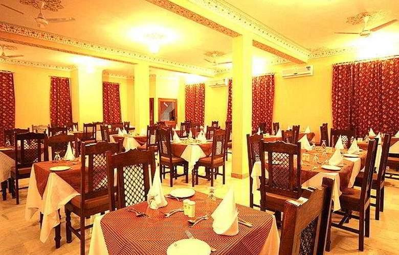 Thar Vilas - Restaurant - 6