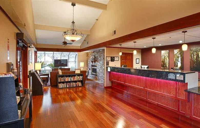 Best Western Plus Forest Park Inn - General - 21