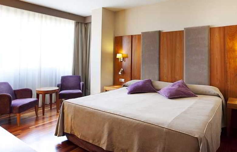 NH Ciudad de Almeria - Room - 6
