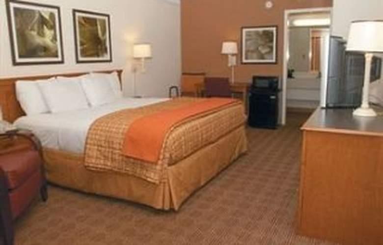 La Quinta Inn San Antonio South - Room - 6