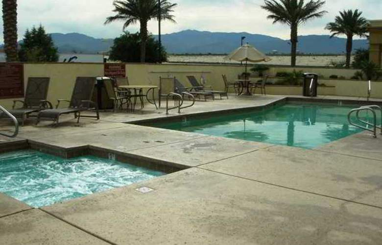Hampton Inn and Suites Palm Desert - Hotel - 5
