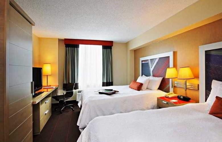 Hampton Inn Manhattan - Chelsea - Room - 9