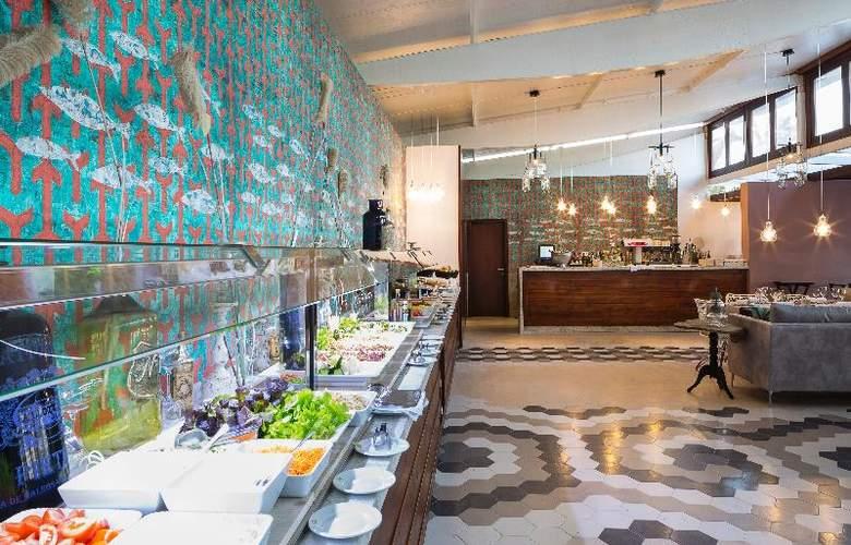 Grand Palladium Palace Ibiza Resort & Spa - Restaurant - 28